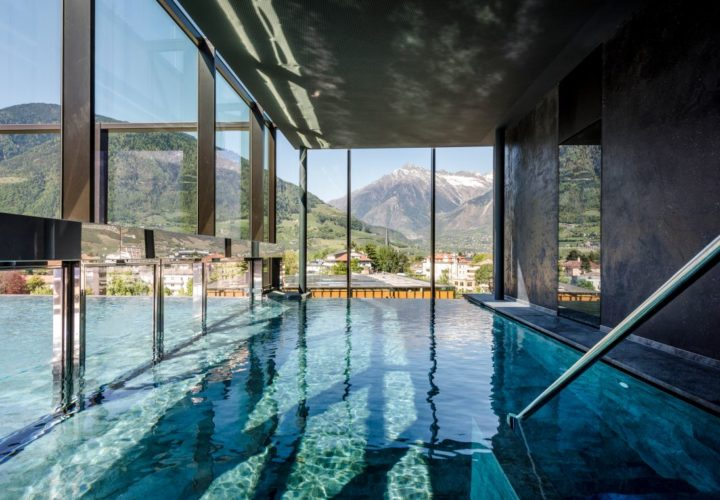 Pool im Sky Spa Hotel Therme Meran